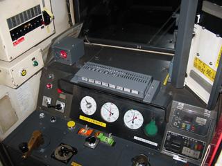 中央に見える増設スイッチボックスがATS-PT関連のもの