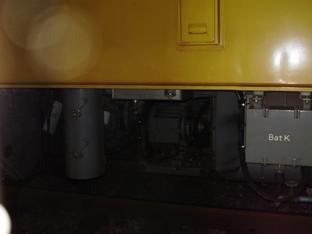 キヤ97-202のエンジン付近