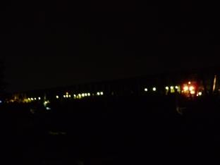 木曽川鉄橋(下り線)で荷卸し中(0:48)