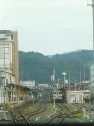 1040D高山増結車(左),4728D(中),1857D(右)