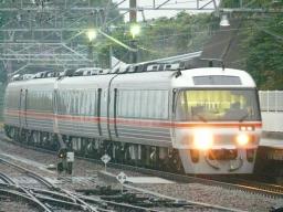 回9013D 金谷駅入線