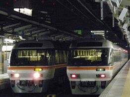 39D(左),3007D(右)