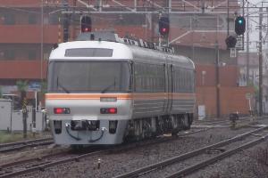 試8540D 木曽川駅(12:42)