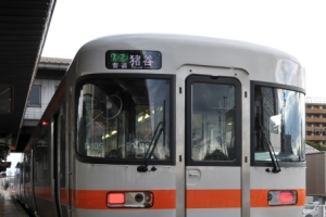 キハ25-1105